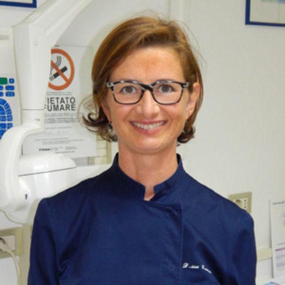 Dott.ssa-Barbara-Grampi | dentista milano